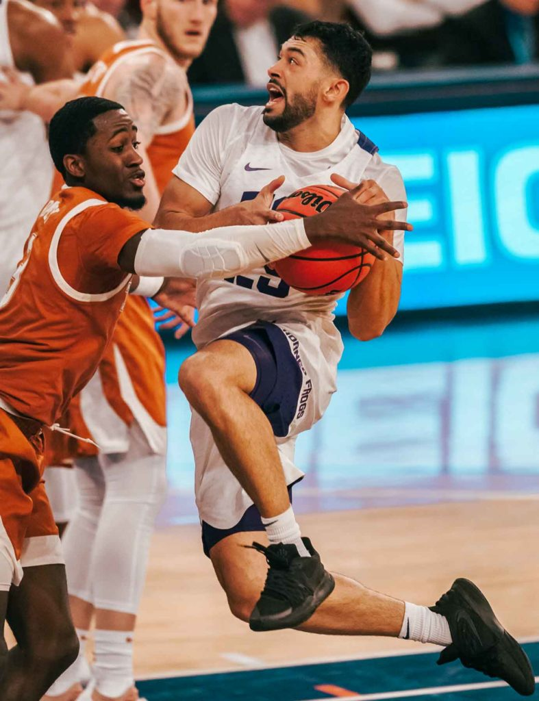 Men's basketball scores season-low in NIT semifinals loss to Texas